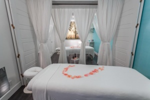 diVINE SPA Massage and Facial in Naples, FL